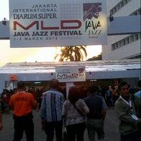 Photo taken at Hall B-2 JIEXPO Kemayoran by Syafik M. on 3/1/2013