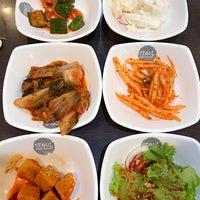 Photo taken at Seoul Korean BBQ Restaurant by Khun ⒶⓄⓂ  ♩♪♫ on 8/26/2017