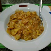 Photo taken at Spoleto Culinária Italiana by Má S. on 10/23/2012