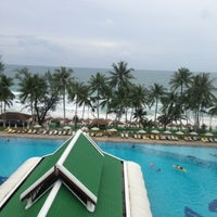 Photo taken at Le Méridien Phuket Beach Resort by Катенька on 7/8/2013