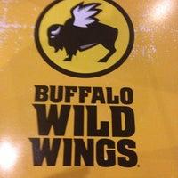Photo taken at Buffalo Wild Wings by Yadi A. on 2/18/2013
