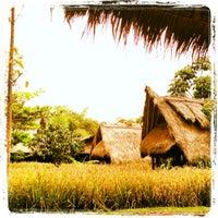 Photo taken at Sapulidi Cafe, Resort and Gallery by Nanda B. on 6/7/2013