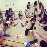 Photo taken at Be Academy by Mariana T. on 10/26/2013