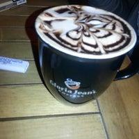 11/27/2012 tarihinde Rengin H.ziyaretçi tarafından Gloria Jean's Coffees'de çekilen fotoğraf
