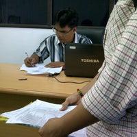 Photo taken at Fakultas Ekonomi Universitas Mulawarman by Rini R. on 2/4/2013