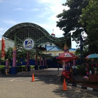 Photo taken at SeaWorld Indonesia by Carlos G H. on 4/16/2013