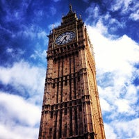 Foto scattata a Elizabeth Tower (Big Ben) da Marc il 5/18/2013