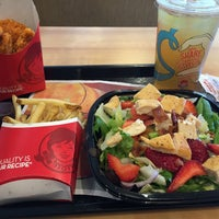 Photo taken at Wendy's by Angie P. on 8/5/2015