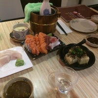 Photo taken at Kuru Kuru Japanese Restaurant by Ramazan T. on 1/29/2015