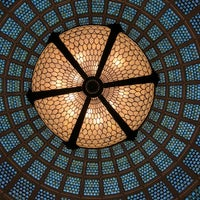 Photo taken at Tiffany Dome At The Chicago Cultural Center by Harjit on 11/25/2017