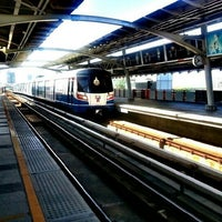 Photo taken at BTS Mo Chit (N8) by Scott E. on 10/27/2012