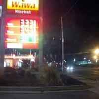 Photo taken at Wawa by Rhamar F. on 11/18/2012
