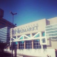Foto tirada no(a) Shopping Neumarkt por Julian K. em 1/17/2013