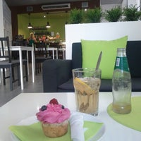 Photo taken at simply sugar by António L. on 9/4/2014