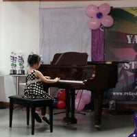 Photo taken at Yamaha Relasi Music and School by Johanes H. on 5/19/2013