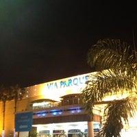 Foto tirada no(a) Via Parque Shopping por Ricardo Ouro G. em 12/8/2012