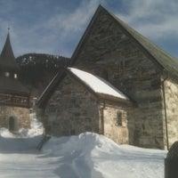 Снимок сделан в Åre gamla kyrka пользователем Zot L. 3/21/2013