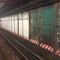 Photo taken at MTA Subway - 86th St (R) by Juan C. on 8/23/2017