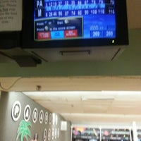 Photo taken at Paradise Lanes by Mairim G. on 2/1/2013