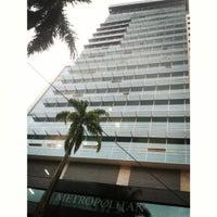 Foto tirada no(a) Metropolitan Business Park por Esteban L. em 10/5/2013