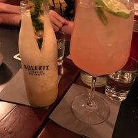 Das Foto wurde bei Drunken Cow Bar & Grill von Sabrina A. am 6/18/2017 aufgenommen