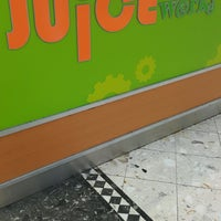 Photo taken at Juice Works by Lini L. on 2/7/2017