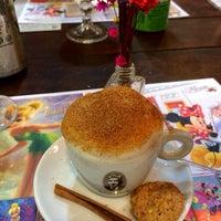 Foto tirada no(a) Café Baroni por Thais V. em 2/17/2014