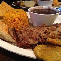 Foto tomada en Zaza New Cuban Diner por Kepano K. el 2/26/2013