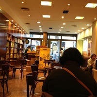 Photo taken at Havanna by Douglas N. on 5/21/2013