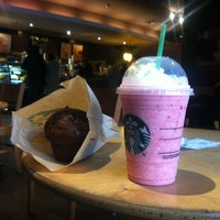 Photo taken at Starbucks by Guady L. on 7/8/2013
