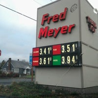 Photo taken at Fred Meyer Fuel by Brian H. on 11/10/2012
