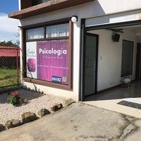 Photo taken at Centro Vivir y Crecer (Psicología) by Douglas M. on 11/15/2016