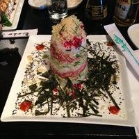 Photo taken at Japánika Sushi Bar & Teppanyaki by Iker on 1/26/2013