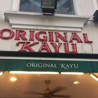 Foto tomada en Original Kayu Nasi Kandar Restaurant por Muhas N. el 11/16/2012