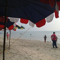 Photo taken at Bang Saen Beach by AKSRA p. on 1/16/2013