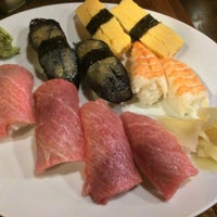 Photo taken at Hot Zushi by Gregorio L. on 4/11/2018