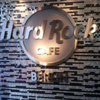 Photo taken at Hard Rock Cafe Berlin by Sisi G. on 11/20/2012
