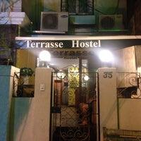 Foto tirada no(a) Terrasse Hostel por Lorena M. em 6/7/2014