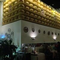 Photo taken at Gianni's Ristorante by Cynthia R. on 7/12/2013