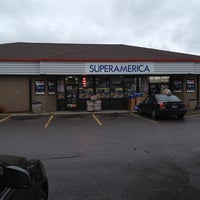 Photo taken at SuperAmerica by Rob I. on 11/11/2012