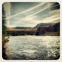 Photo taken at Lower Deschutes River by twobillionideas on 9/30/2012