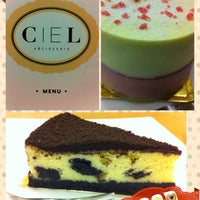 Photo taken at Ciel Pâtisserie by Jenny Cheong 张. on 1/29/2013