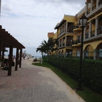 Photo taken at The Royal Resort by Alexandro B. on 3/26/2013