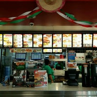 Photo taken at Carl's Jr. by Zachary on 10/22/2016