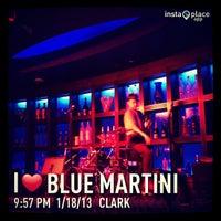 Foto tirada no(a) Blue Martini por MissyNina💋 em 1/19/2013
