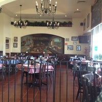 Photo taken at Italianni's Pasta, Pizza & Vino by Diego G. on 3/28/2013