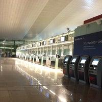 Foto tomada en Terminal 1 por Sertac T. el 4/7/2013