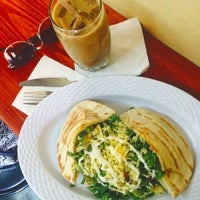 Photo taken at Island Coffee by Yana B. on 9/3/2015
