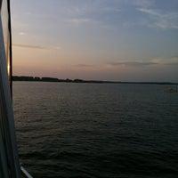 Снимок сделан в Boat пользователем September M. 8/4/2013