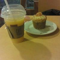 Photo taken at McDonald's by Juan Camilo C. on 9/19/2012